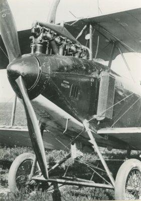 Neus D.F.W. C.V LA46, ex 4982/17. Benz 200 pk nr. 30551.