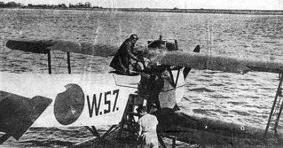 Verkenningsvliegtuig Van Berkel WA (W-57) (1919-1933) met ZKH Prins Hendrik
