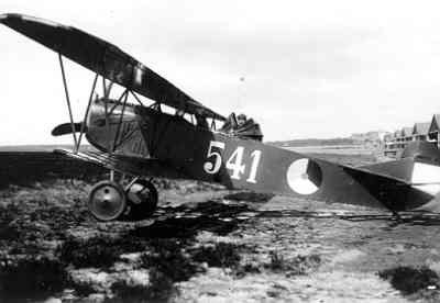 Fokker C.I  541 met geopende blindvliegkap over de waarnemerscockpit.