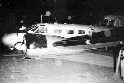 Beechcraft-navigator TC-45J van VSQ 5 nr. 21-41, trainer voor voortgezette vliegopleiding, gecrashed tijdens nachtvliegen op MVK Valkenburg