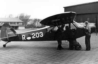 Piper L21-A Super cub.