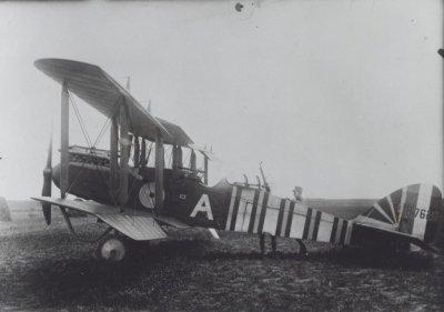 """De Havilland DH.9 B7620 """"A"""" van RAF No. 211 Sq. te Breskens op 27 juni 1918."""