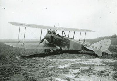 Links achter D.F.W. C.V LA46, ex 4982/17.