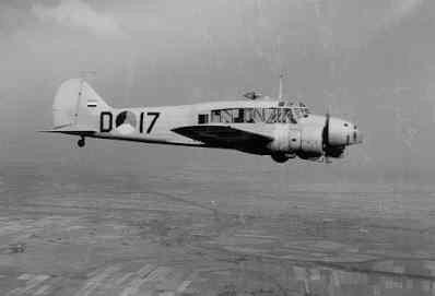 Avro 652A Anson Mk.1. Foto-trainer van F-Squadron te Gilze-Rijen.