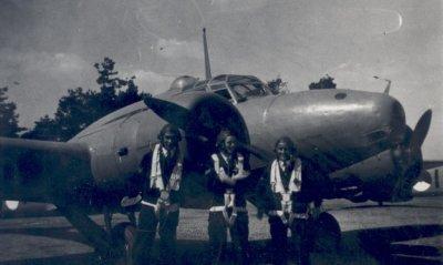 Avro Anson Mk 1 van 321 Squadron. Dit squadron was belast met het begeleiden van konvooien en de uitvoering van verkenningstaken.