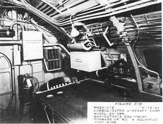 Interieur Consolidated PBY-5 Catalina maritieme patrouillevliegboot (1941-1957); waarnemerstafel en instrumenten
