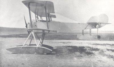 Watervliegtuig jachtvliegtuig Sopwith Baby T-1, (1916-1919).I.d. 27-11-1916, U.d. 01-01-1919, afgevoerd