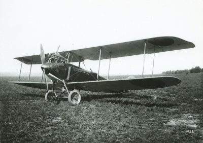 Rechterkant van D.F.W. C.V LA46, ex 4982/17.