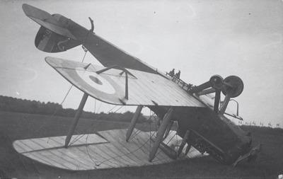 DH.4 A7935 van RAF No. 217 Sq. op Souburg, 17 juni 1918. Internering 61. Lts. G.B. Coward (vlieger) en J.F. Reade (waarnemer).