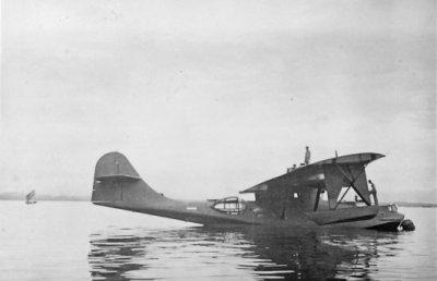 De Consolidated PBY-5 Catalina maritieme patrouillevliegboot Y-57 (1941) van het MLD-Australië Detachement in het najaar van 1945