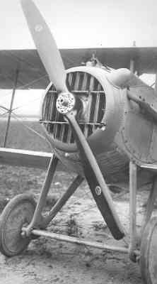 SPAD S.7 C.1 SPA210. Vorige (franse) registratie 1832. Motor, links voor.