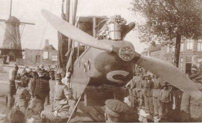 DH.9 D7336 van RAF No. 108 Sq. te Zierikzee, 15 sept. 1918.