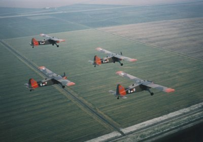 Formatie Beavers geregistreerd  S-1, S-3, S-7 en S-9. Met day-glow.