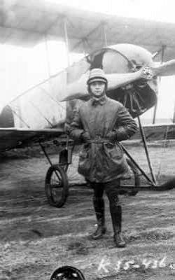Avro 504 met vlieger.