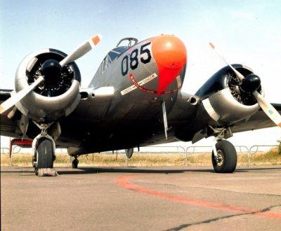 Beech SBN-5 (TC-45J) Navigator trainer voortgezette vliegopleiding U-46 (hier met de regostratie 085, 1953-1974)