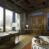 Interieur, overzicht van de eetkamer met de ingebouwde kast met schuifdeuren