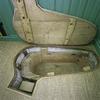 Interieur, overzicht van het geopende bad met de houten binnenbak, in de begane grond van de torenkamer