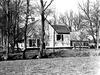 foto van Boerderij, dwarshuis, topgevel met pinakel, fraai ex, met aangebouwd kookhuis