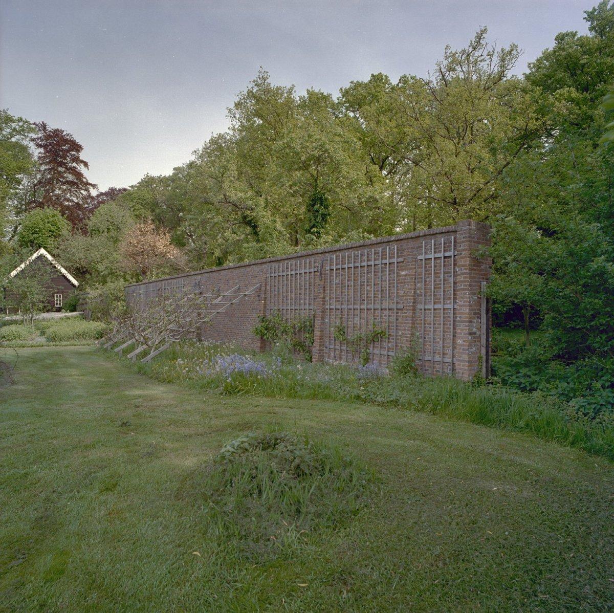 Oostergeest tuinkoepel in warmond monument - Latwerk houten ...