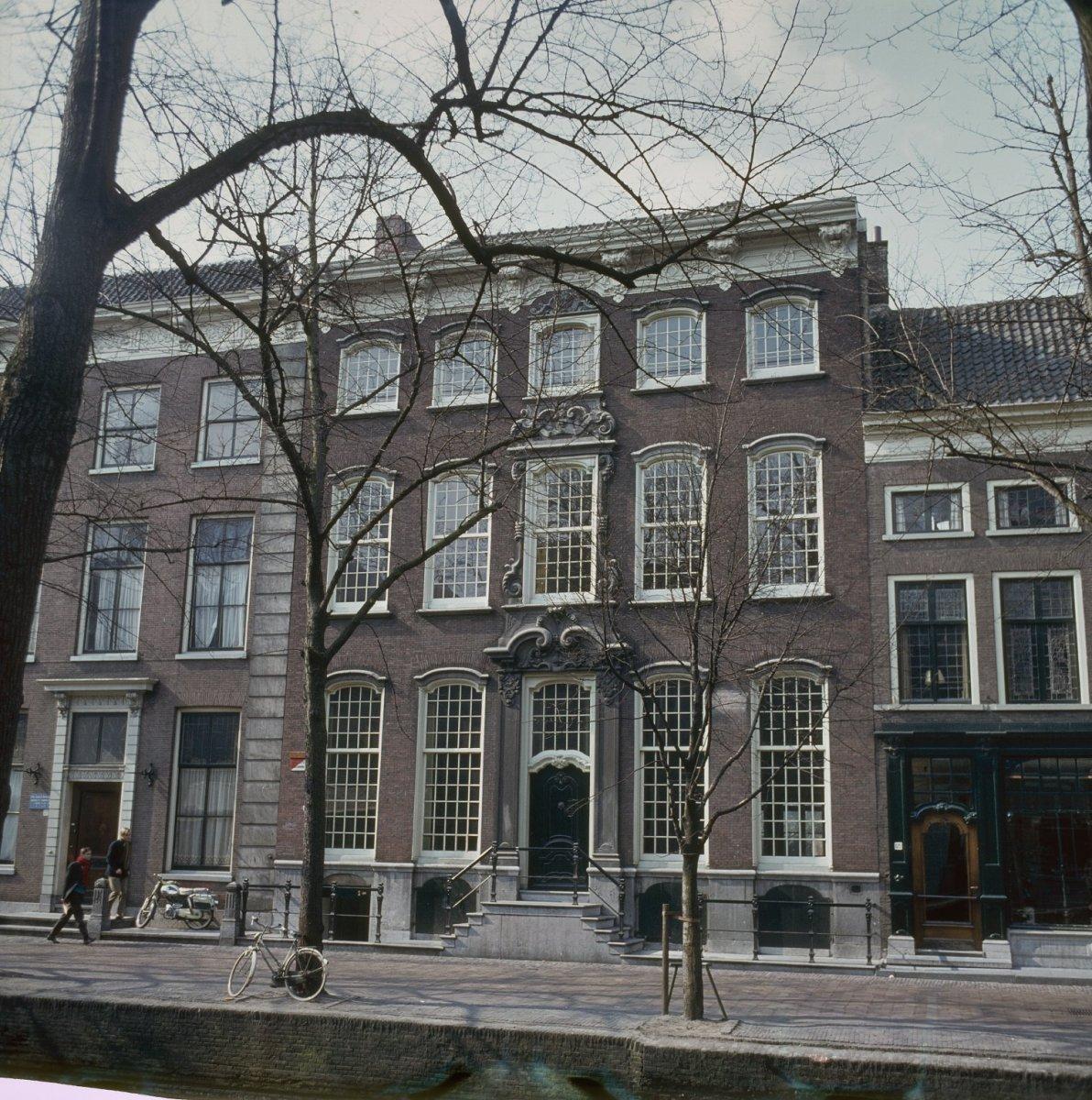 Societeit Tyche (Delftsche Studenten Bond) in Delft ... | 1192 x 1200 jpeg 369kB