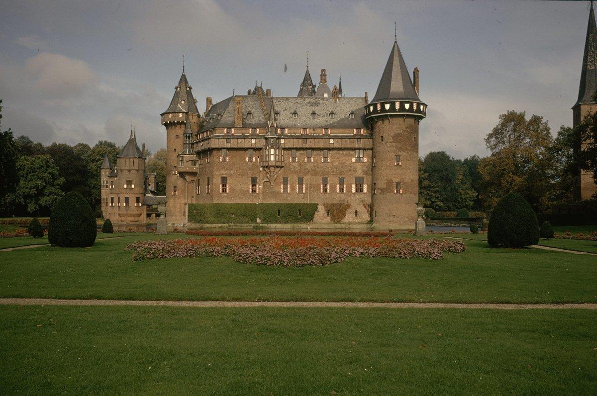 eigenaar kasteel broekhuizen