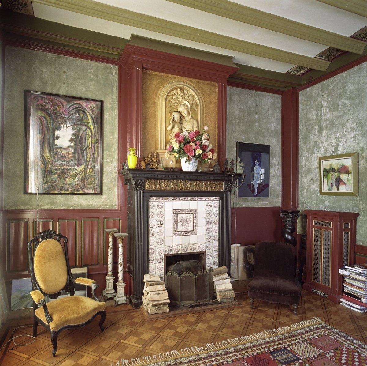 Woonhuis in een mengsel van neogotiek en neo renaissance for Chateau chenonceau interieur