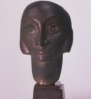 Masker van een jonge vrouw