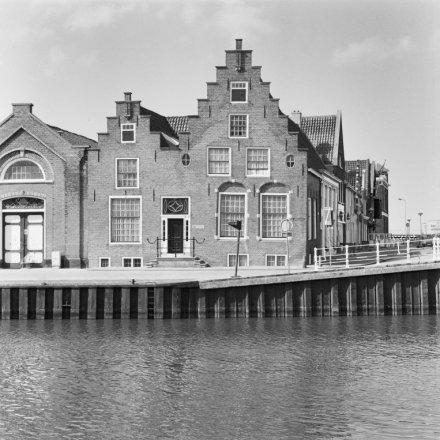 Zuiderhaven 2, Harlingen