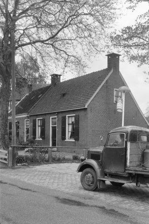 Dorpsstraat 18-20