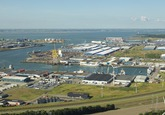 Overzichtsfoto van de Bijleveldhaven. Op de achtergrond zien we de...