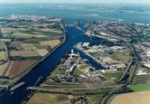 Luchtfoto Kanaalhavens Terneuzen.