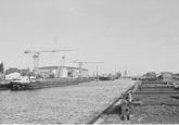 Zijkanaal A, landtong, bij de Terneuzense Scheepsbouw Maatschappij.