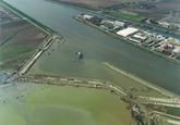 Luchtfoto aanleggen 1e fase van de Autrichehaven op de Axelse Vlakte.