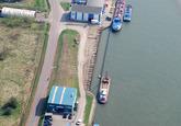 Vernieuwen kademuur aan de Beneluxweg te Terneuzen, Kelvinkade...