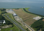 Maintenance Valuepark Terneuzen op de Westelijke kanaaloever. Met...