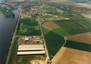 Luchtfoto bedrijventerrein Sas van Gent Noord, met bedrijfsvestiging...