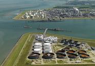 Aanleg 2e fase steiger Mosselbanken ten behoeve van Oiltanking.