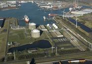 Vopak terminal Vlissingen aan de Quarleshaven.