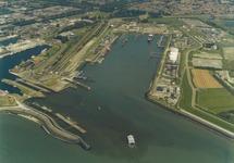 Luchtfoto Buitenhaven te Vlissingen.