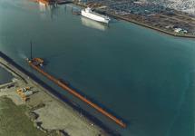 Luchtfoto bouw kade Flushing Marine Terminal in de Quarleshaven te...