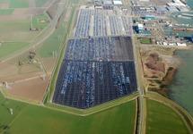 Luchtfoto van de vestiging van Cobelfret aan de Ritthemsestraat met de...