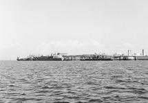 Braakmansteiger van Dow Chemical in de Braakmanhaven.