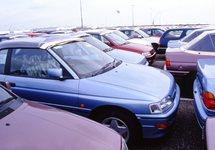 Overslag nieuwe auto's bij de N.V. Haven van Vlissingen.