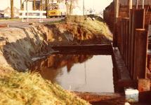 Herstellen van een schade aan de damwand van zijkanaal B te Sluiskil.