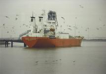 Overslag van de 10 miljoenste ton bij Eurogas aan de Quarleshaven door...