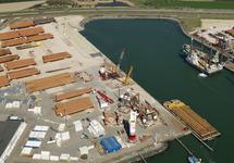 Werkzaamheden verlengen kade Westhofhaven.