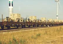 Spoorwagons met lading aan de Denemarkenweg te Vlissingen-Oost.