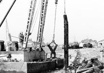Werkzaamheden aan damwand oostzijde van Zijkanaal A.