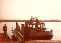 Aanlegsteigertje in de Zevenaarhaven ten behoeve van peilvlet HT 1.