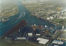 Luchtfoto van de punt van de Axelse Vlakte met Outokumpu en een...